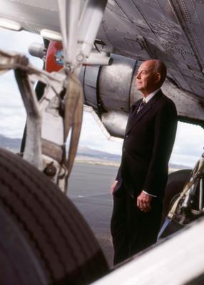 Athena San Diego Hosts Howard Putnam, former CEO of Southwest on February 13, 2013.  (PRNewsFoto/Athena San Diego)