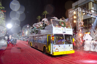'Days of our Lives' Attends 2014 Hollywood Christmas Parade