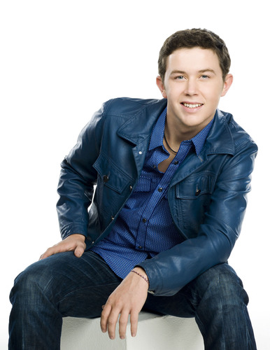"Scotty McCreery Makes History With Debut Single, ""I Love You This Big"".  (PRNewsFoto/Interscope ..."