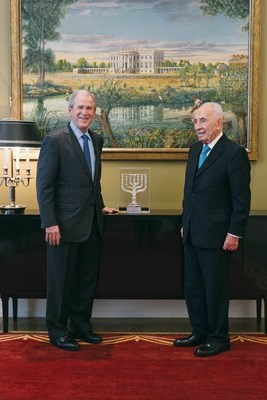 Former President George W. Bush received the Friends of Zion Award former Israeli President Shimon Peres at the George W. Bush Presidential Center in Dallas today. Photo provided courtesy of the Friends of Zion Heritage Center.