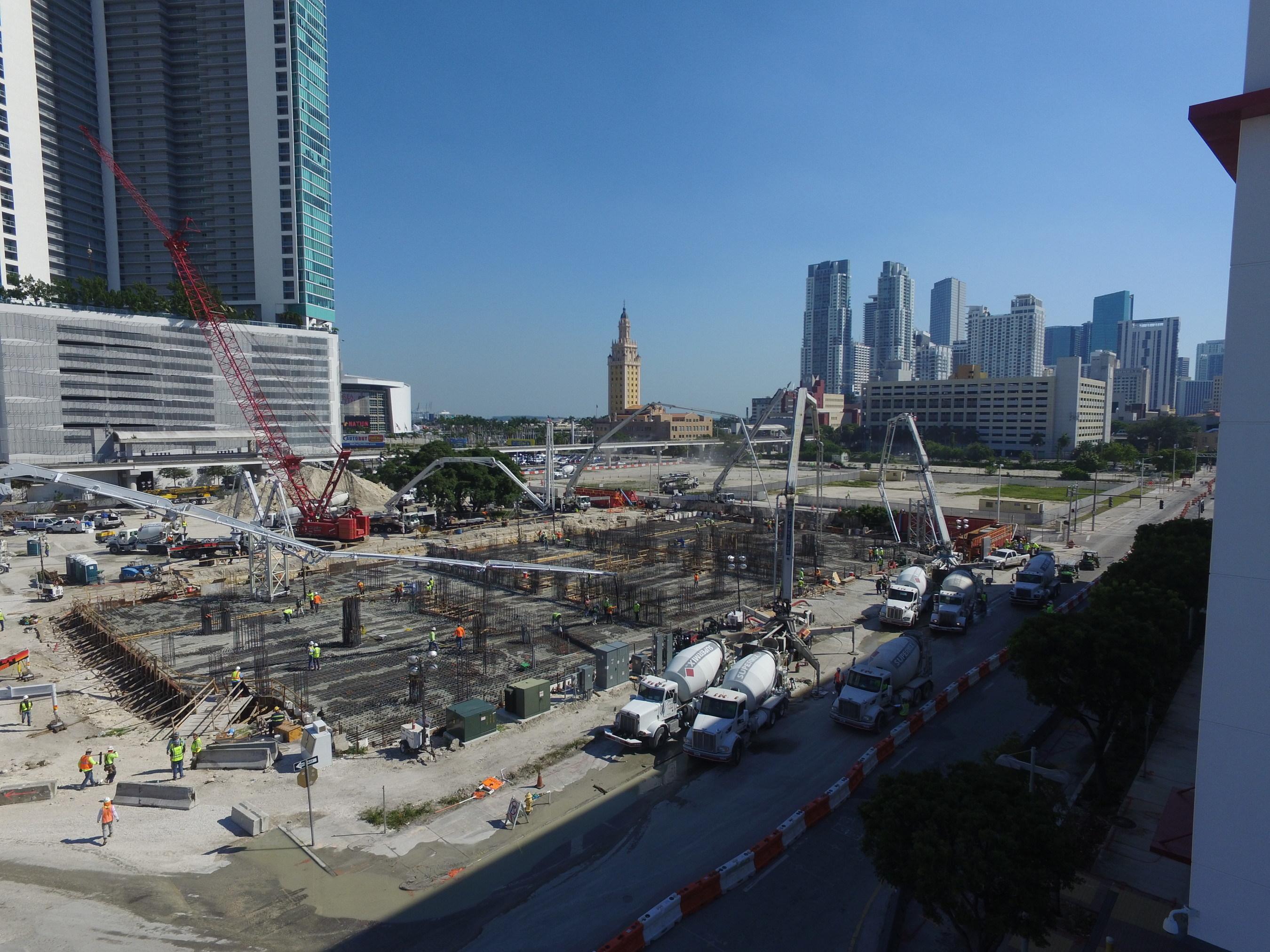 "Paramount Miami Worldcenter Foundation ""Big Pour"" Aerial"