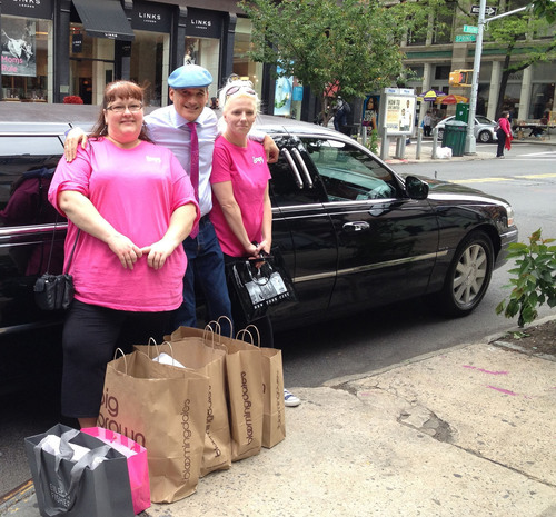 Oregon Mother of Three Wins $10,000 L'eggs Hosiery Sweepstakes Trip to New York City