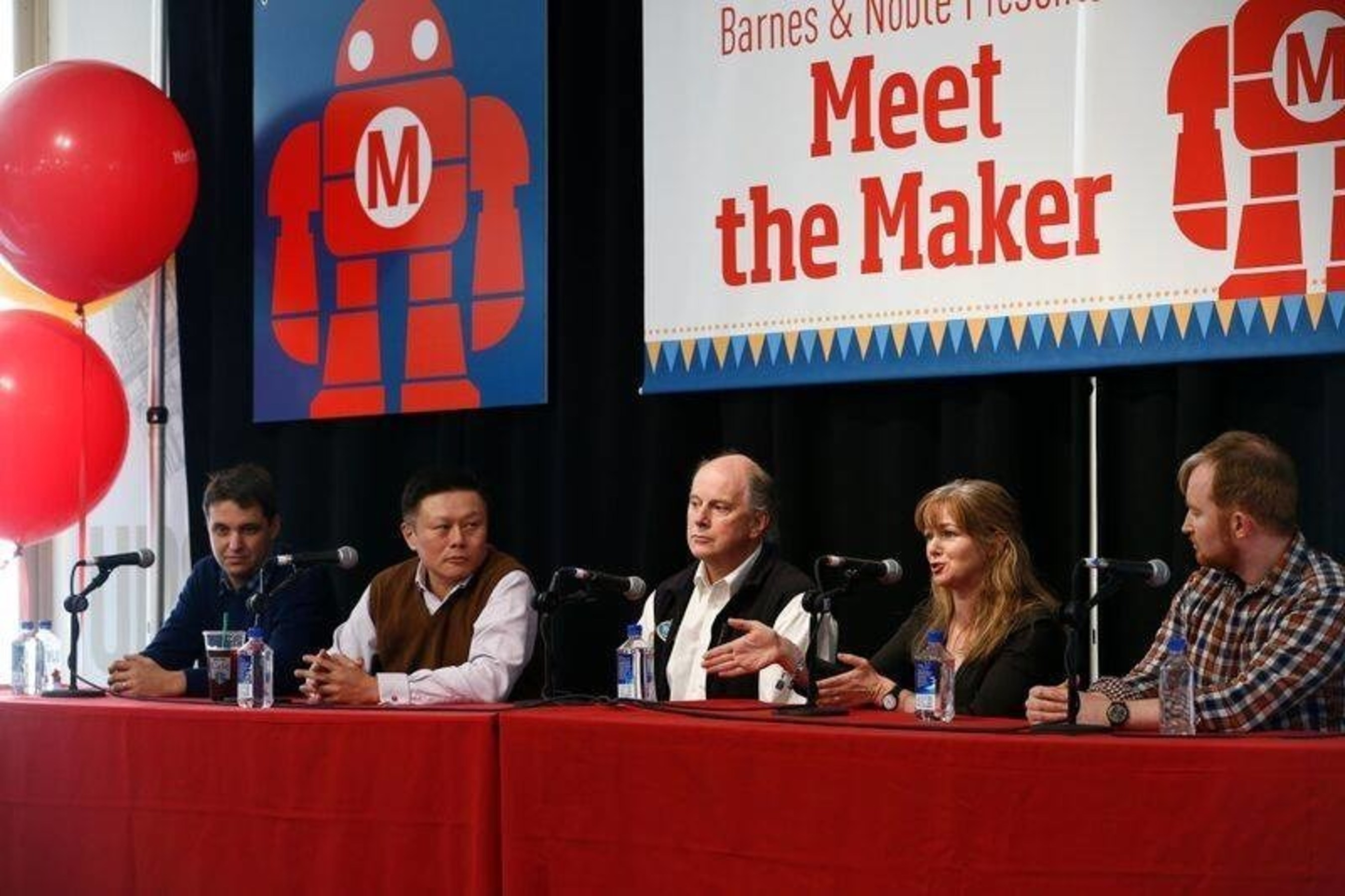 "From left to right: Dan Wempa, Vice President, External Affairs NYSCI; Simon Shen, CEO of XYZprinting; Bill Ritchie, founder of ThinkFun; Anita Murphy Founder of The Creativity Hub / Design Extraordinaires and Rory O'Connor, Founder of The Creativity Hub / Design Extraordinaires answer questions on innovation and creativity during Barnes and Noble Meet the ""Makers"" event."