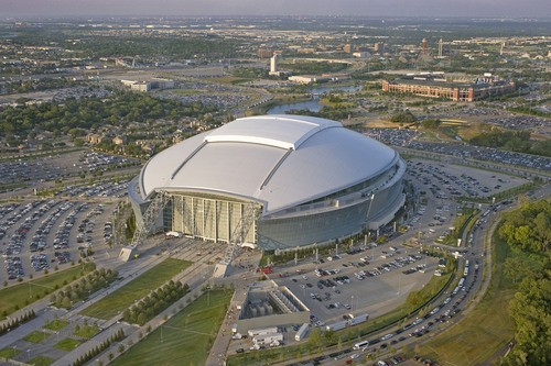 Arlington Convention & Visitors Bureau Teams Up With Sports Travel Tours for the Ultimate Football