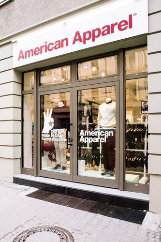 american apparel reopens remodeled berlin store. Black Bedroom Furniture Sets. Home Design Ideas