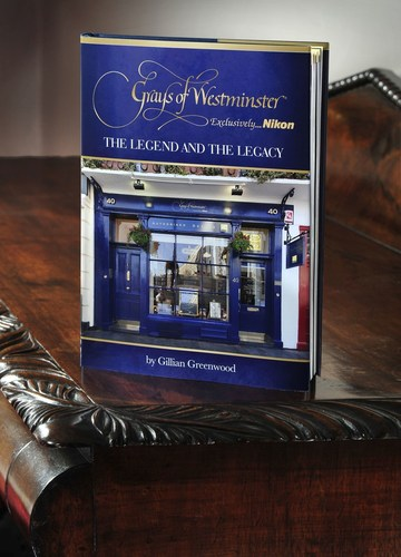 'The Legend and The Legacy' by Gillian Greenwood (PRNewsFoto/Grays of Westminster) (PRNewsFoto/Grays of Westminster)