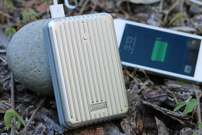 The A4 (12,000 mAh) is the mid-sized battery in the A-Series family.  (PRNewsFoto/Zendure)