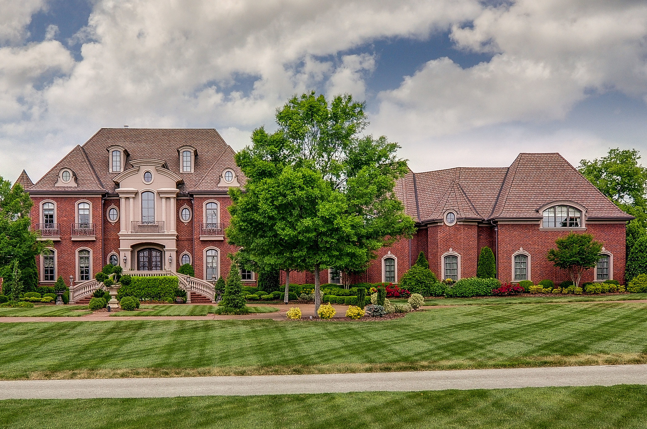 Prestigious Nashville Dream Home Offered at Luxury No Reserve Absolute Auction May 28th by Supreme Auctions