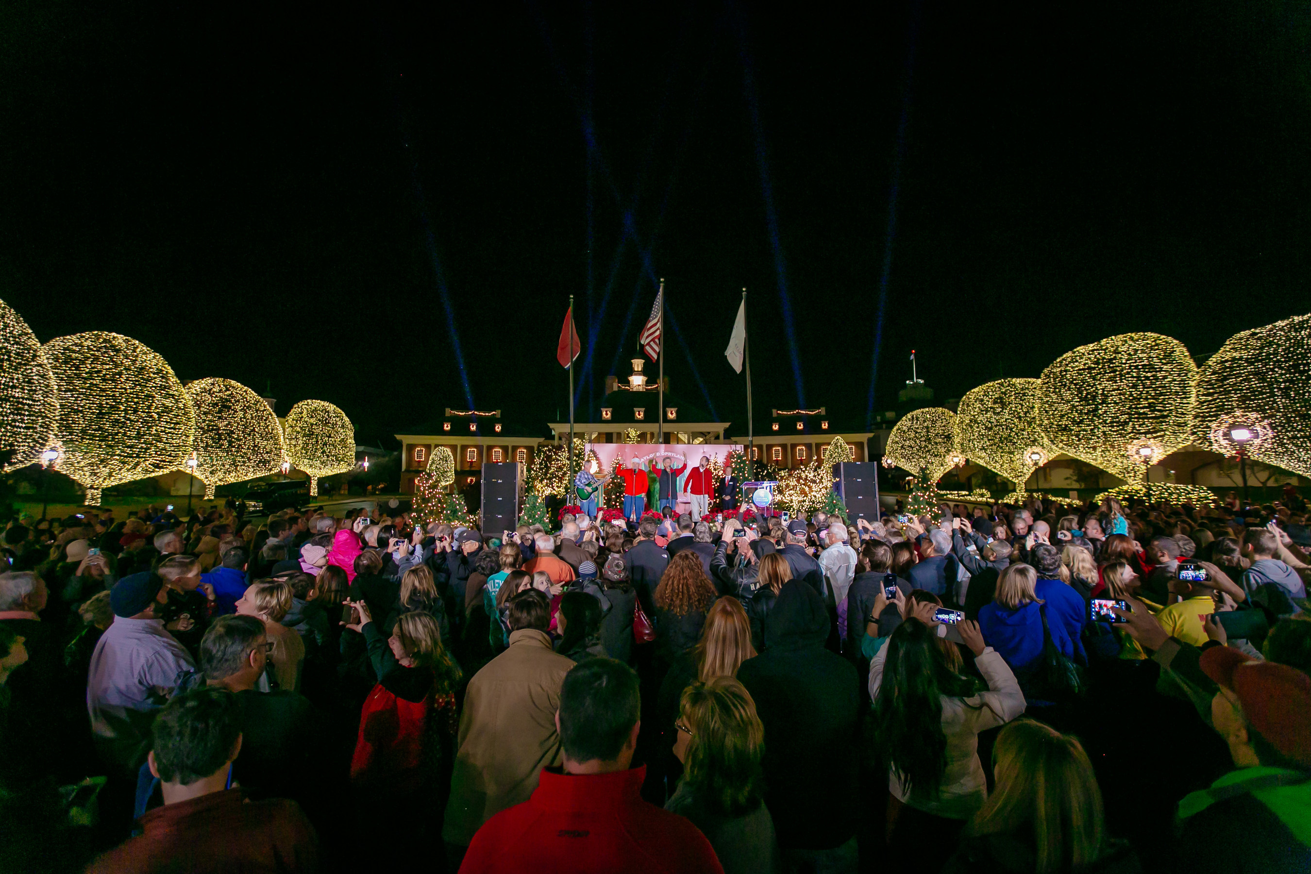 With the flip of a switch, Nashville's Gaylord Opryland Resort is aglow with 2.3 million holiday lights for its 32nd annual A Country Christmas celebration.