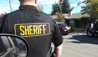 Sacramento County Sheriff's Department making one of many arrests in a county-wide sweep using Vigilant Solutions License Plate Recognition (LPR) technology and data. (PRNewsFoto/Vigilant Solutions) (PRNewsFoto/VIGILANT SOLUTIONS)