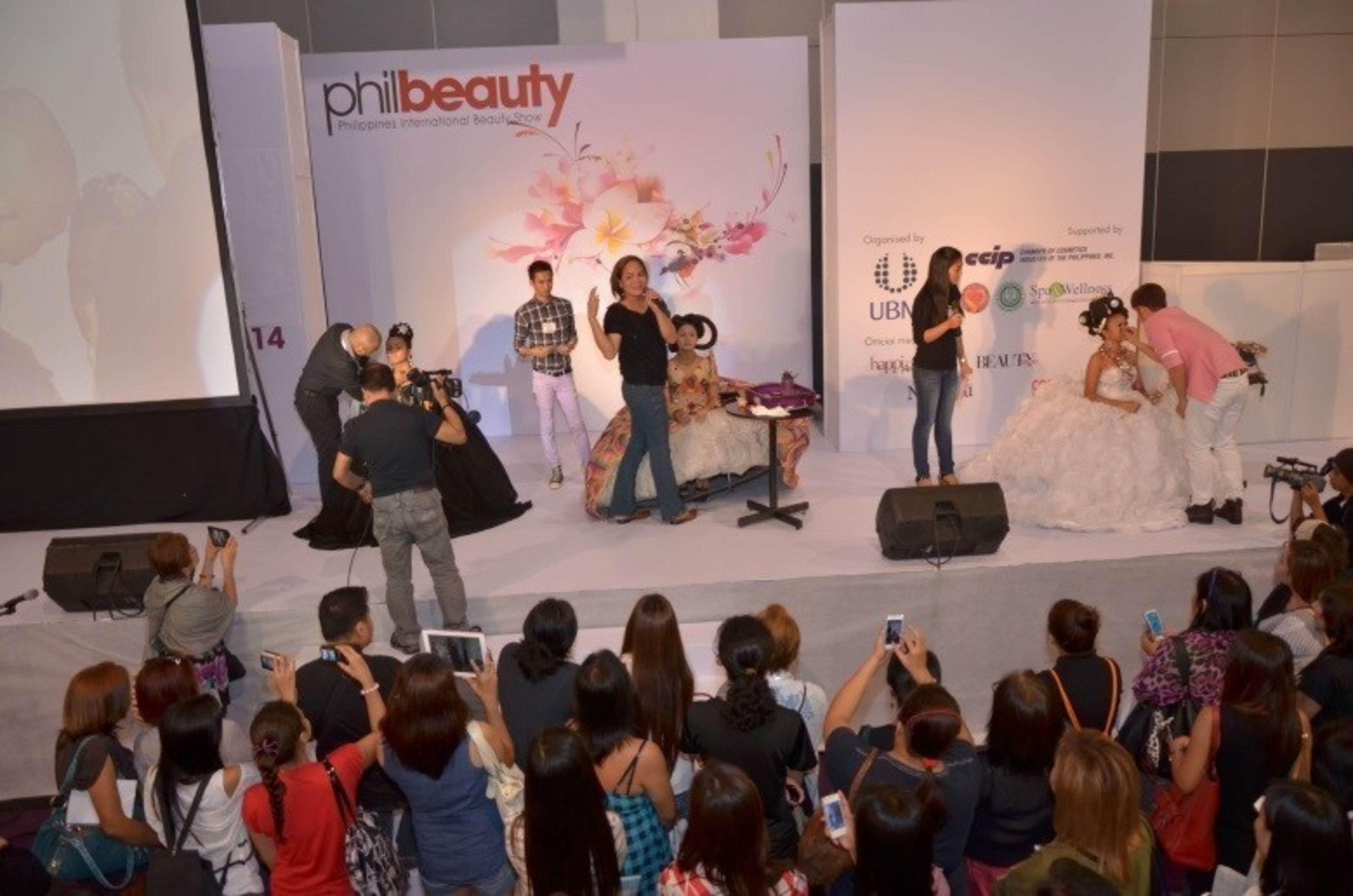 Bringing Out The Best - Local beauty artist in the Philippines taking the center stage to showcase the latest beauty trends.