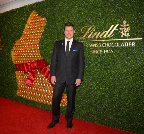 Multi-platinum recording artist, Nick Lachey, joined Lindt in New York on April 4 to launch the Lindt GOLD ...