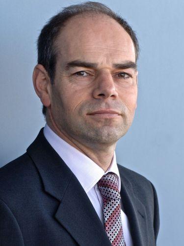 Professor Jonathan Levie (PRNewsFoto/Aston Business School)