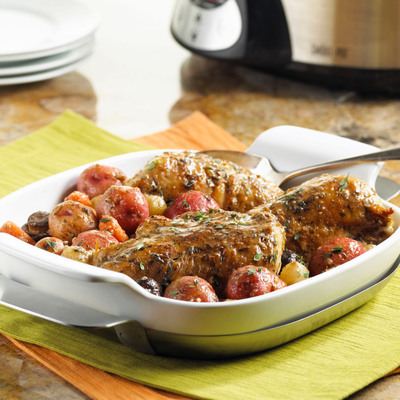 Quick & Healthy Slow Cooker Chicken and Potatoes.  (PRNewsFoto/United States Potato Board)