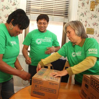 Ameren volunteers