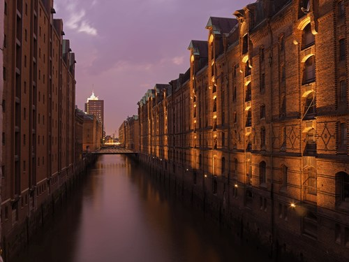 UNESCO declares Hamburg's Speicherstadt and Kontorhaus-District a World Heritage Site The UNESCO's ...
