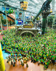836 Teenage Mutant Ninja Turtles fans invade Nickelodeon Universe to break the GUINNESS WORLD RECORDS Largest Gathering of Ninja Turtles.  (PRNewsFoto/Mall of America)