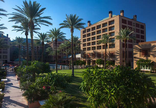 The Renaissance Esmeralda Resort & Spa in Indian Wells, CA, takes holiday celebrating to a whole new level with a 12-day calendar of festivities with everything from carolers to cocktails and chestnuts to carriage rides. During the 12 Days of Esmeralda ...