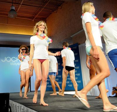 "As part of Jockey's ""Hot City Cool Down"" campaign, Jockey and spokesman Tim Tebow helped the hot city of Orlando staycool with the season's coolest fashion show.   (PRNewsFoto/Jockey International, Inc.)"