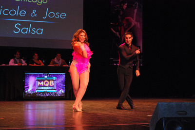 Nicole Suarez, Univision TV personality, won the 2011 dance contest. This year she will be a judge of the event.  (PRNewsFoto/Fifth Third Bank Chicago)