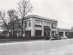 James Allison established the Allison Experimental Co. and had the dedicated shop built on Main Street in Speedway, where he moved operations on January 1, 1917. The photo depicts an expanded shop (ca. 1930).
