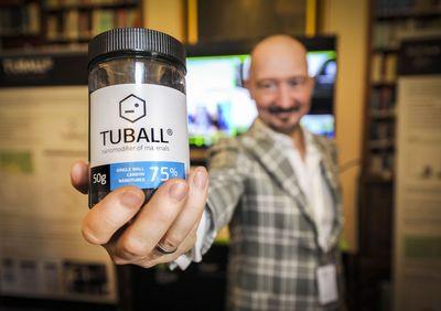 Yuri Koropachinsky, President, OCSiAl Group, demonstrating Tuball, the world's first commercially viable single walled carbon nanotubes