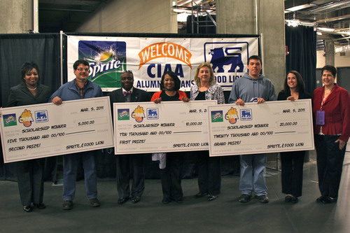 Food Lion Customers Awarded Scholarships at CIAA Tournament 2011