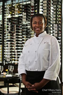 Celebrity Chef Tiffany Derry.  (PRNewsFoto/Sargento Foods Inc.)