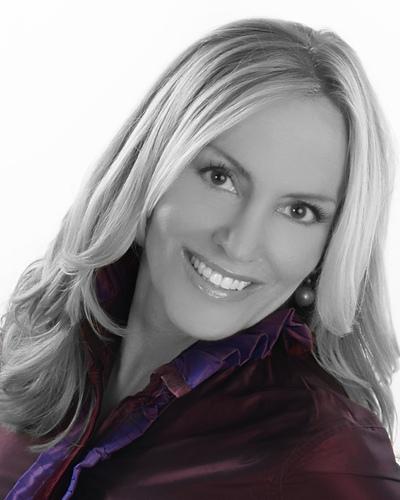 Author, Loretta Neff (PRNewsFoto/The Elegant Way Foundation)