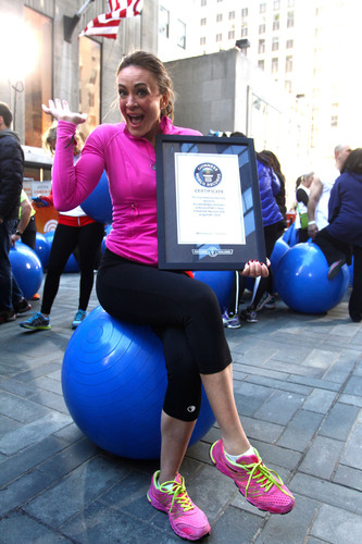 Fitness personality Michelle Bridges breaks fitness world record live