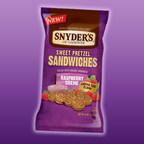 NEW Snyder's of Hanover Raspberry Creme Sweet Pretzel Sandwiches
