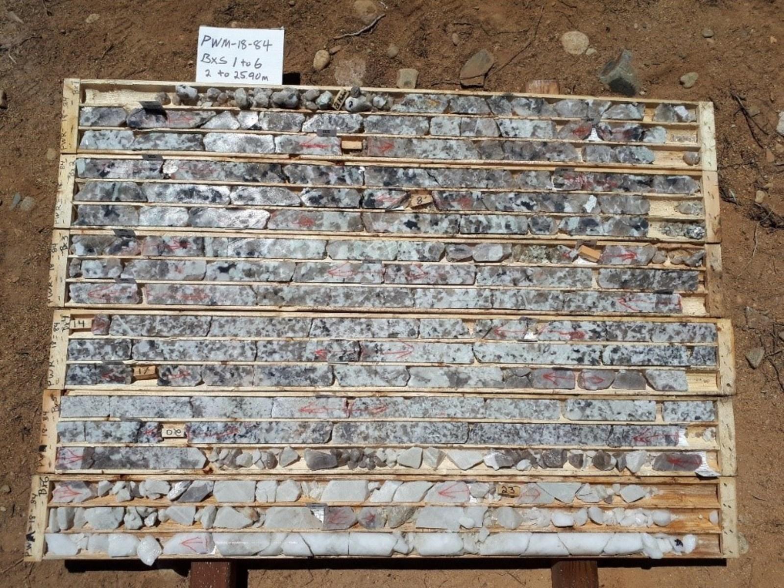 Figure 1 PWM-18-84, boxes 1 to 6, 2-25.90 m, spodumene pegmatite with 1.42 % Li2O over 19.17 m and quartz core, Main Dyke, Case Lake.