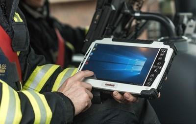 Handheld Algiz 10X rugged tablet for emergency management (PRNewsFoto/Handheld Group)