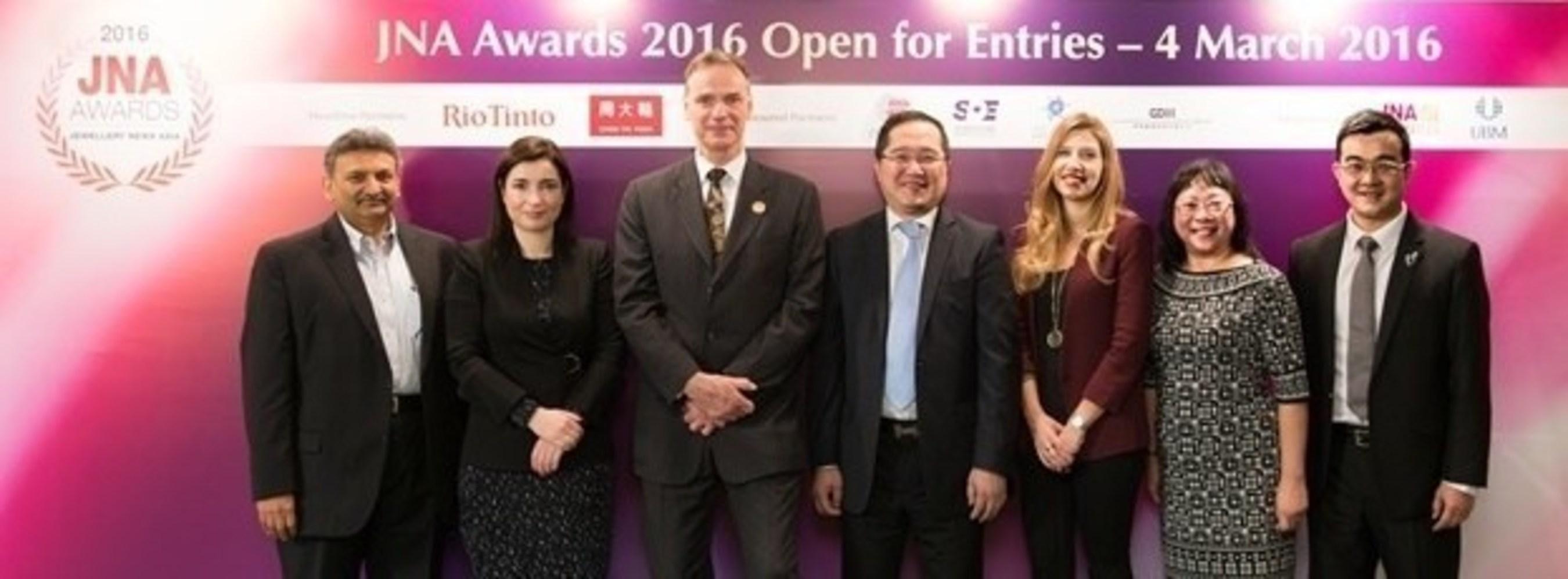 (From left) Nishit Parikh, Director of Diarough Group; Rita Maltez, Director of Rio Tinto Diamonds for Greater ...