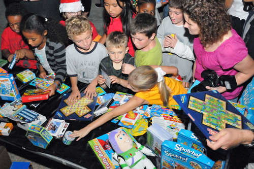 Toy Industry Foundation and Boys & Girls Clubs of America Brighten Holidays for Military Families