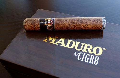 CIGR8 Brand E-cigs Launches Revolutionary Electronic Cigars: The CIGR8 MADURO