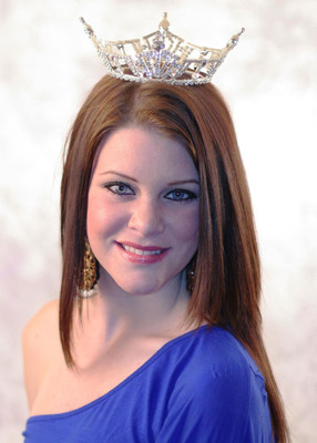 Miss La Paz County 2012, Alyson Tozer, recently received a life-saving double lung transplant at St. Joseph's Hospital and Medical Center in Phoenix and now aspires to become Miss America. (PRNewsFoto/St. Joseph's Hospital and Medical Center) (PRNewsFoto/ST. JOSEPH'S HOSPITAL...)