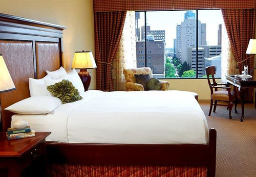 The Worthington Renaissance Fort Worth is the place to stay after kicking off 2014 in style with live music and plenty of dancing and celebrating just blocks from the hotel. The downtown Fort Worth hotel's Sundance Square New Year's Eve Package ...