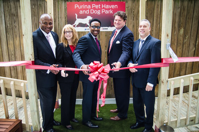 United by the belief that pets and people are better together, URI and Purina are helping to reduce barriers to safety for families with pets in domestic violence situations.