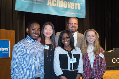 Comcast : Awards $190,000 In Scholarships To 180