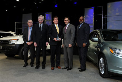 Penske Logistics Earns Ford Motor Company's Gold World Excellence Award