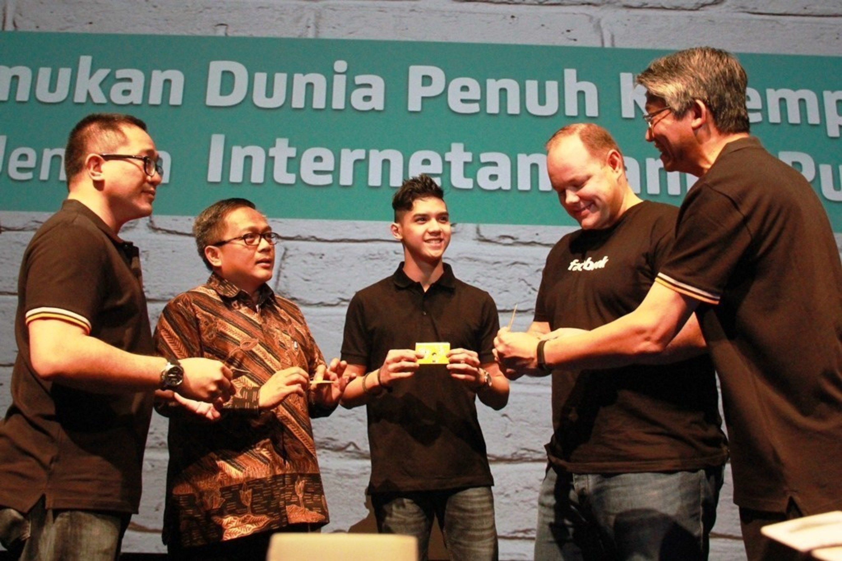 Ooredoo's Indosat and Facebook Launch Internet.org in Indonesia