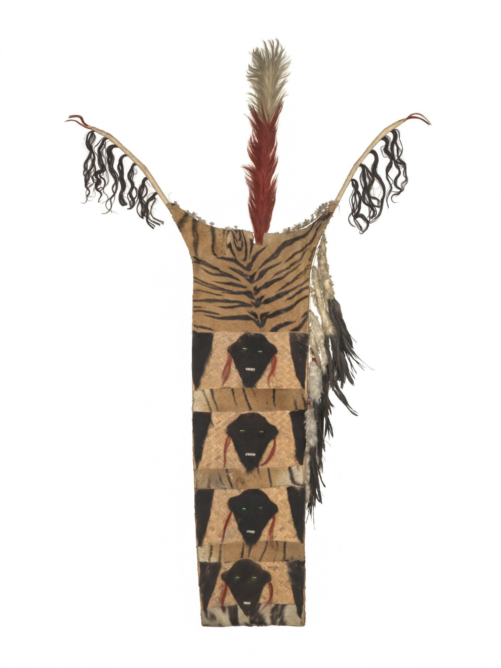 Ceremonial shield of a Naga warrior, India, 1,6 metres (C) MKB (PRNewsFoto/Museum der Kulturen Basel)