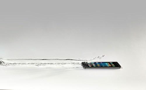 P2i celebrates coating 100 million smartphones (PRNewsFoto/P2i) (PRNewsFoto/P2i)