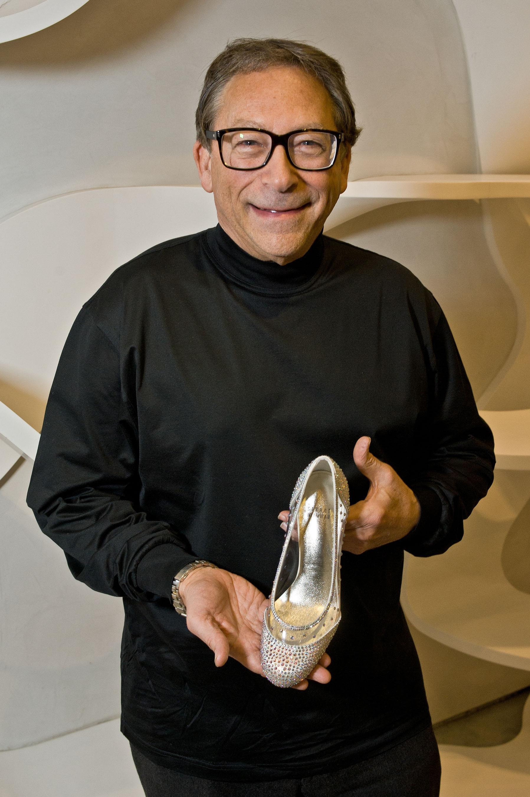 Stuart Weitzman Designs Glass Slipper for New Broadway Production of Cinderella. (PRNewsFoto/Stuart Weitzman Holdings LLC) (PRNewsFoto/STUART WEITZMAN HOLDINGS LLC)