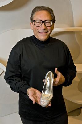 Stuart Weitzman Designs Glass Slipper for New Broadway Production of Cinderella.  (PRNewsFoto/Stuart Weitzman Holdings LLC)