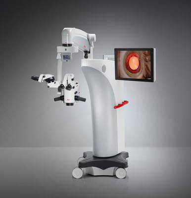 Leica Microsystems launches the Proveo 8, the core of a new ophthalmic microscope platform for cataract and vitreoretinal surgeries. The image shows a bright, high-contrast red reflex image on screen.