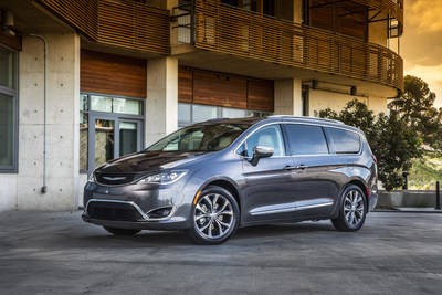 All-new 2017 Chrysler Pacifica Named a Car and Driver 10Best
