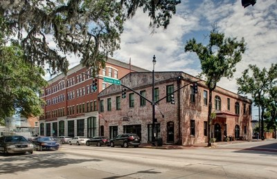 Carey Watermark Investors acquires Staybridge Suites Savannah. The 104-room hotel is located in Savannah's Historic District.