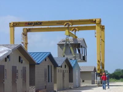 CXT Concrete Buildings. (PRNewsFoto/L.B. Foster Company) (PRNewsFoto/L.B. FOSTER COMPANY)